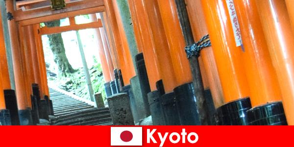 Kyoto, a vila de pescadores no Japão, oferece várias atrações da UNESCO