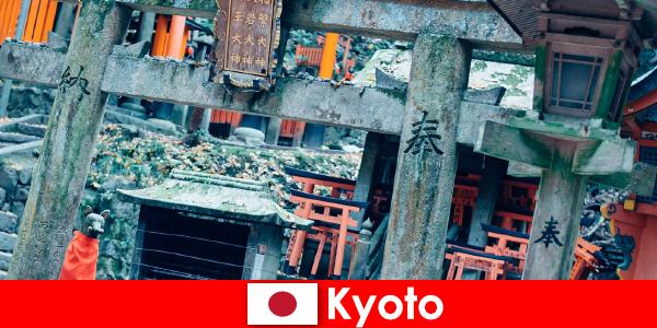 A arquitetura japonesa do pré-guerra de Kyoto é sempre admirada por estrangeiros