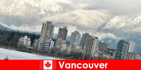 Vancouver, a cidade maravilhosa entre o oceano e as montanhas, abre muitas oportunidades para os turistas esportivos