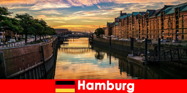 Beleza arquitetônica e entretenimento para estadias curtas em Hamburgo, Alemanha