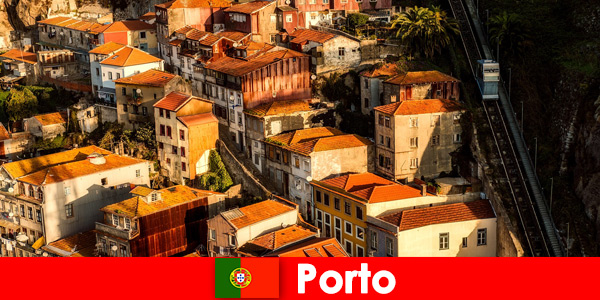 Passeio de fim de semana pela cidade velha de Porto Portugal
