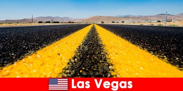 Os aventureiros que procuram aventura e atividades esportivas são vivenciados por viajantes em Las Vegas, Estados Unidos