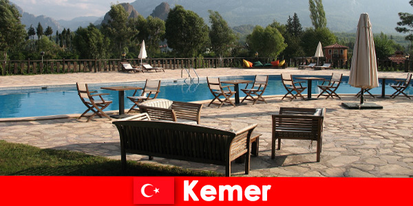 Voos baratos, hotéis e casas de aluguel em Kemer, Turquia para férias de verão com a família